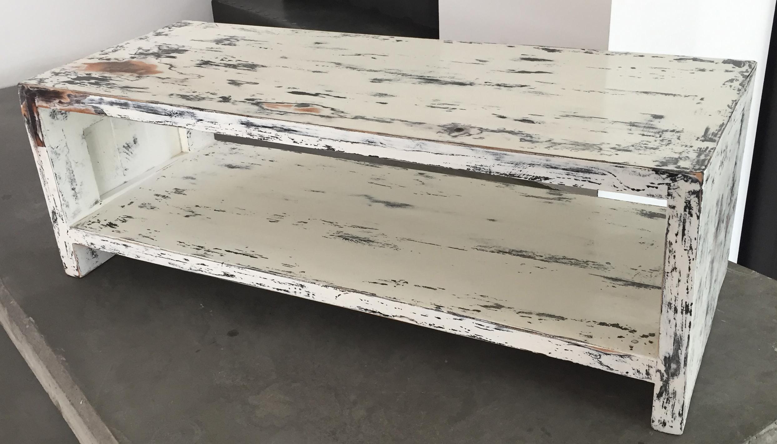 Tavolo porta tv realizzato con tavole di pallet e for Pallet shabby chic